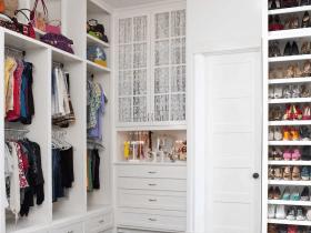 Какой шкаф заказать - встроенный или корпусный?